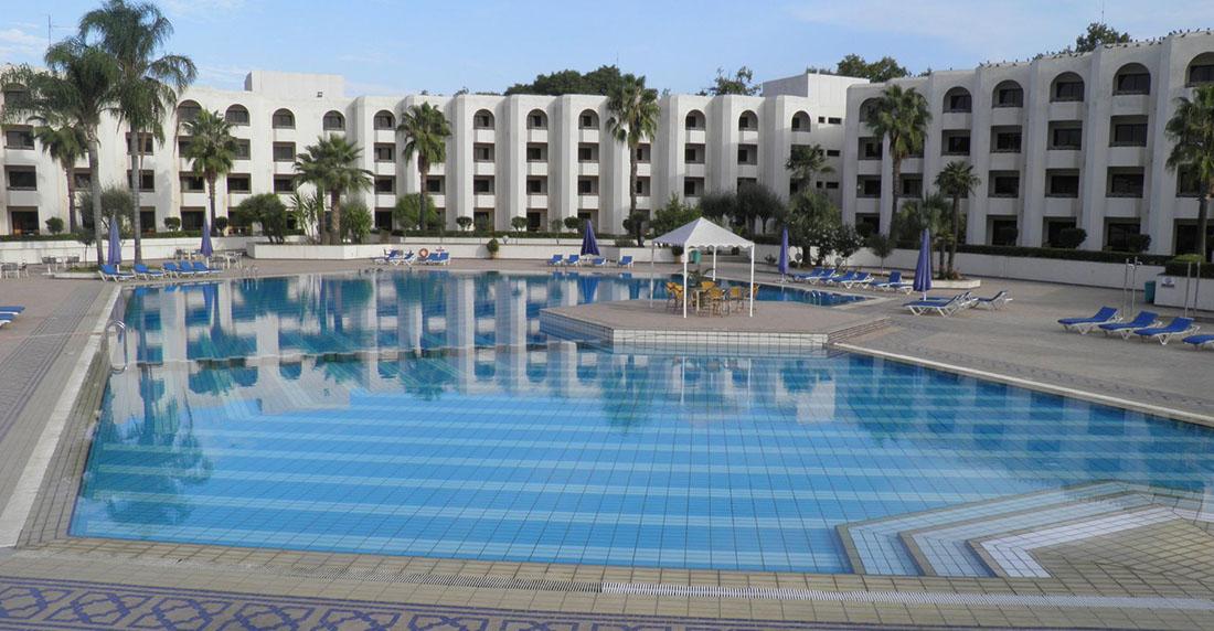 H tel jnane palace f s for Hotel fes piscine